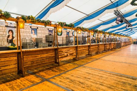 Decor Verhuur Oktoberfeest Kerstmis Beachparty Limburg